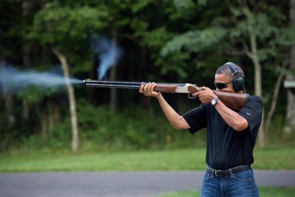 ObamaShotgunWhHse_600.jpg.cms